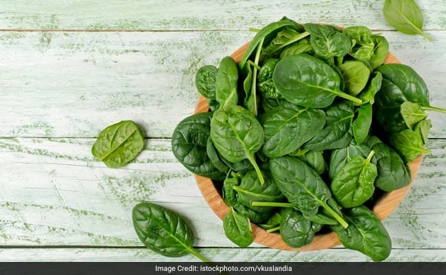 7 Iron-Rich Winter Fruits And Vegetables To Prevent Iron Deficiency