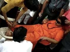 भोपाल में एक कार्यक्रम के दौरान बेसुध हुईं BJP सांसद प्रज्ञा सिंह ठाकुर...