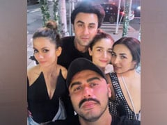 Throwback: Alia Bhatt, Ranbir Kapoor, Malaika Arora, Arjun Kapoor In A Pic From New York