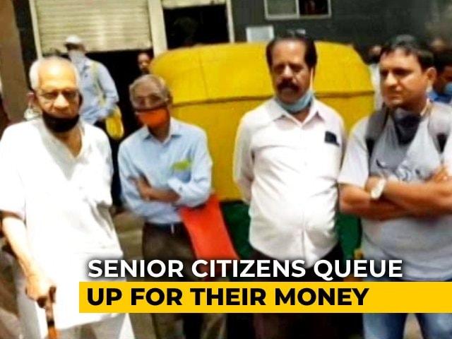 Video : Crisis-Hit Bengaluru Bank's Withdrawal Limit Increased