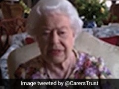 Queen Elizabeth Makes Her 1st Video Call To Speak With COVID Caregivers