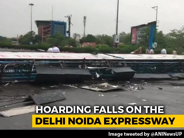 Video: Billboard Collapses On Delhi Noida Flyway As Rain, Thunderstorm Hit Delhi, Adjoining Areas