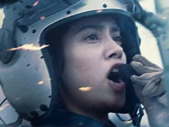 Gunjan Saxena Trailer: जाह्नवी कपूर की फिल्म 'गुंजन सक्सेना' का ट्रेलर रिलीज, देखें धमाकेदार Video