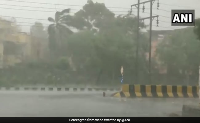 Power Lines Develop Snag Due To Dust Storm Disrupting Supply In Parts Of Delhi