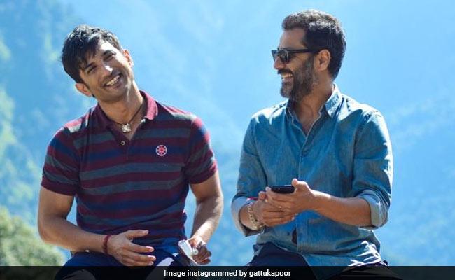 'Stay Interstellar,' Writes Sushant Singh Rajput's Kai Po Che Director Abhishek Kapoor