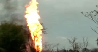 Experts Submit Plan To Control Assam Gas Well Fire To Centre