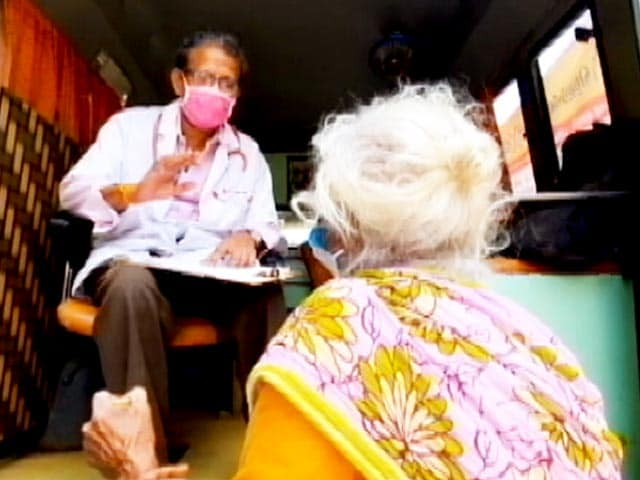 Video: HelpAge India's Weekly Mobile Clinic Provides Free Healthcare To Senior Citizens