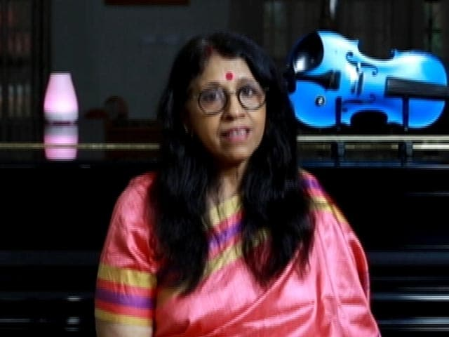 Video : Kavita Krishnamurthy Sings A Melodious Bengali Song As She Prays For Bengal And Peace
