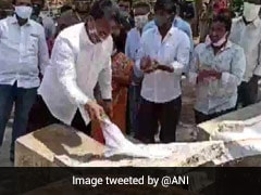 Andhra MLA Washes, Irons Clothes At Felicitation Event