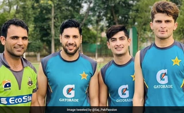 Pakistan Cricketers back on training without tested for coronavirus and no social distancing