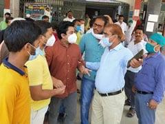 बिहार: अटेंडेंस काटने पर नाराज डॉक्टर ने अस्पताल के उप अधीक्षक को पीटा..