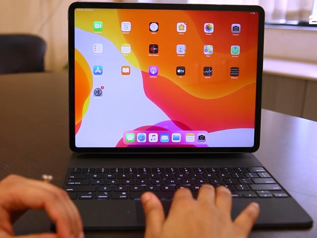 Video : Apple's Latest iPad Pro (2020) & the Magic Keyboard