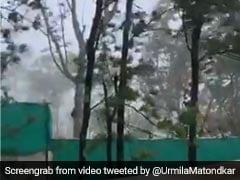 उर्मिला मातोंडकर ने शेयर की निसर्ग तूफान की एक झलक, बोलीं- मैं सिर्फ कोहरा देख सकती हूं और...देखें Video