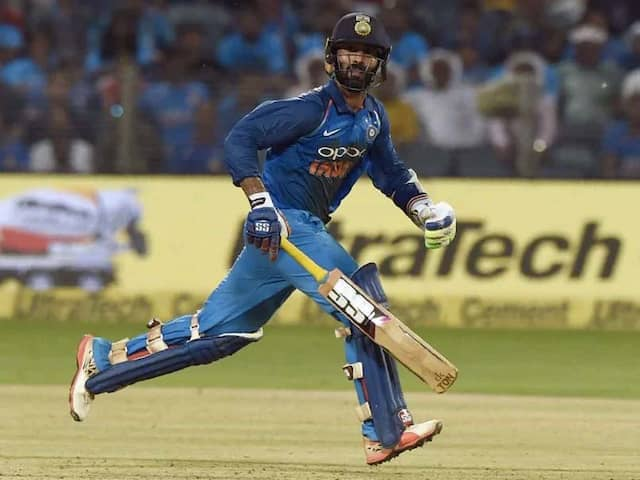 """Hope Youre Not Blowing Batteries"": Yuvraj Singh Posts Hilarious Birthday Wish For Dinesh Karthik"