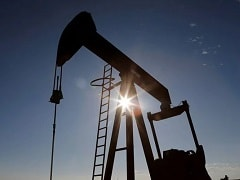 Crude Prices Rise 2% After Drop In US Oil Stocks Spurs Demand Hope