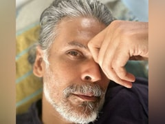 """Here's What Milind Soman's """"Workout Wednesday"""" Looks Like"""