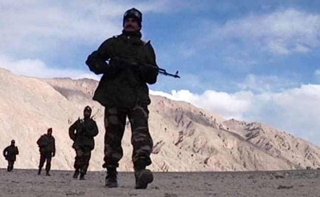 पूर्वी लद्दाख के क्षेत्रों से आपसी सहमति से हटने लगे भारतीय और चीनी सैनिक: सरकारी सूत्र