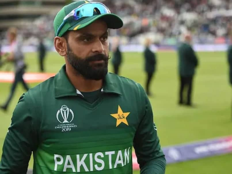 Former captain Mohammad Hafeez hails team India and points out Pakistan big weaknees by saying that...