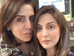 """Nothing To See Here, Just A Pic Of Neetu Kapoor """"Twinning"""" With Daughter Riddhima"""