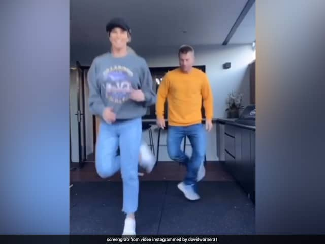 """""""The Feedback Is I Cant Dance"""": David Warner Takes Tips From Wife Candice To Impress Fans"""