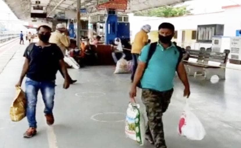 Coronavirus की मार, रोजगार की तलाश में पश्चिम बंगाल के बुनकरों का पलायन