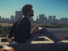 <i>Dhoop</i>: It's Another Day Of Sun For Siddhant Chaturvedi In His New Song