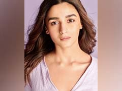 Riddhima Kapoor Sahni's Comment On Alia Bhatt's Pic With Shaheen Is Winning The Internet
