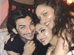 Sushant Singh Rajput And Ankita Lokhande In Mouni Roy's Priceless Throwback Pic