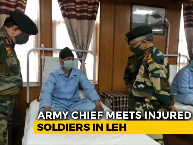 Video : Army Chief Visits Leh Hospital, Meets Soldiers Injured In Clash