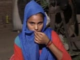 Video : Migrant Family Sells Jewellery For Rs. 1,500 For Food And Medicines