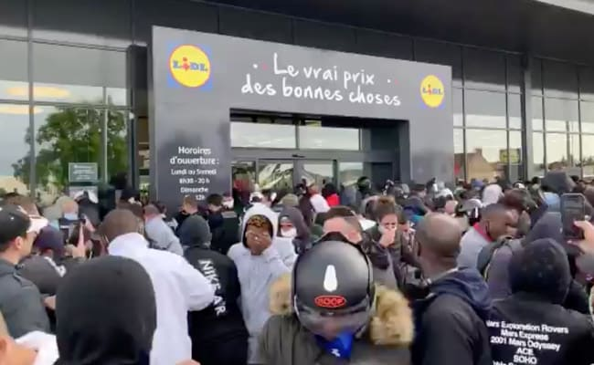 Pepper Spray And Scuffles As Bargain Hunters Jostle For PlayStation In France