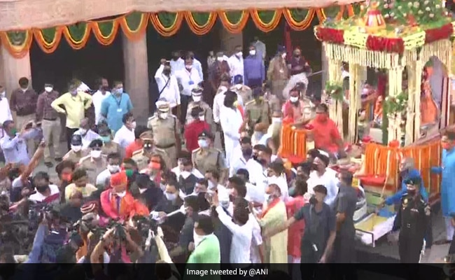 Ahmedabad's Jagannath Temple Observes Symbolic 'Rath Yatra' Amid COVID-19