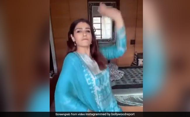 रवीना टंडन का भांगड़ा करते हुए Video हुआ वायरल, एक्ट्रेस के मूव्स पर फिदा हुए फैन्स
