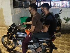 लॉकडाउन में नौकरी गई तो शौक पूरे करने के लिए दो युवक करने लगे झपटमारी, गिरफ्तार