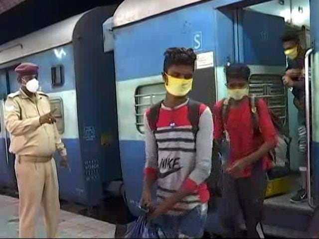 Video : After 50 Hours, Migrant Train Arrives In Bihar From Chennai