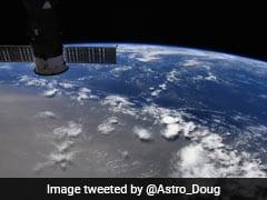 सहारा रेगिस्तान से उड़ी धूल पहुंची अमेरिका, नासा के एस्ट्रोनॉट ने शेयर की स्पेस से फोटो