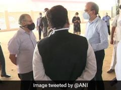 Lieutenant Governor Anil Baijal Visits Site Of Upcoming 10,000-Bed Makeshift Hospital In Delhi