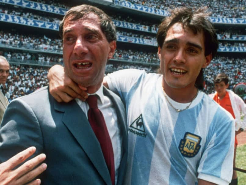 Carlos Bilardo, Argentinas 1986 World Cup Coach, Tests Positive For Coronavirus