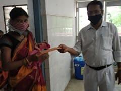 श्रमिक स्पेशल ट्रेन में होगा जन्म, तो भारतीय रेलवे देगा नवजातों को तोहफा