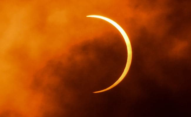 Solar eclipse wows stargazers in Africa, Asia, Middle East