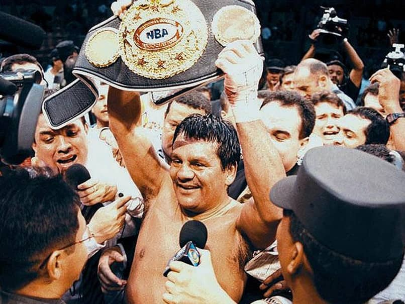 Panamanian Boxing Legend Roberto Duran Hospitalised With COVID-19
