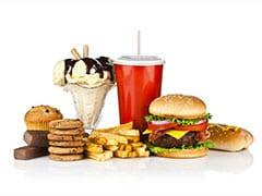 इन चीजों को भूलकर भी न खाएं एकसाथ, हो सकते हैं नुकसान