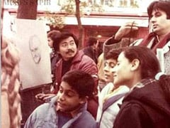 Amitabh Bachchan Decodes Son Abhishek's Expression In This 1985 Pic From Paris, Cracks Shweta Up