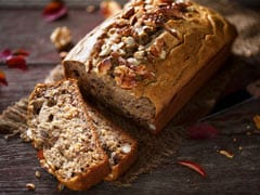 Winter Weight Loss: This <i>Atta Gur</i> Cake Is Ideal For Healthy, Guilt-Free Indulgence
