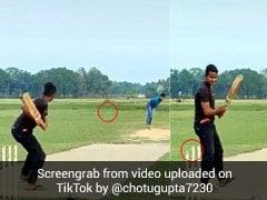 गेंदबाज ने मारी ऐसी यॉर्कर, टूट गए स्टम्प्स, देखता रह गया बल्लेबाज... देखें TikTok Viral Video