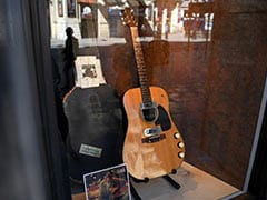"""Kurt Cobain's """"Unplugged"""" Guitar Sells For Record $6 Million At Auction"""