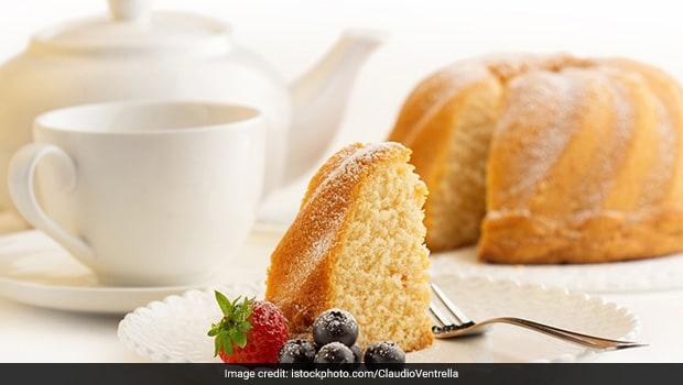 Easy Recipes: How To Make Eggless Vanilla Cake At Home