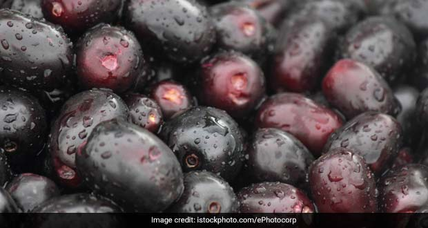 Weight Loss: Try This Easy Jamun Salad This Summer Season To Shed Extra Kilos