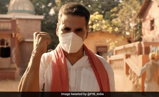 Akshay Kumar Explains How To 'Move On With Life' In COVID-19 Ad Shot During Lockdown