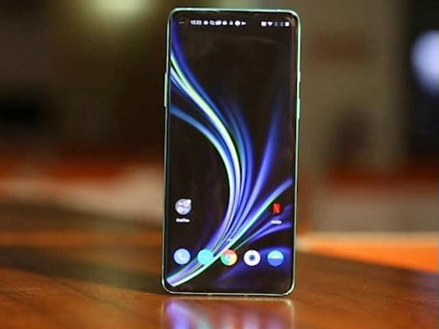 Video : OnePlus 8: The More Loved Sibling?